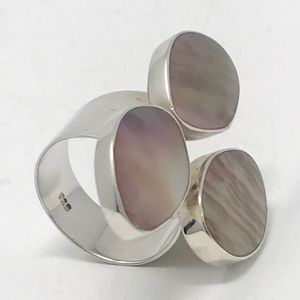 Jewelry - Mother of Pearl Sterling Silver 925 Ring